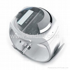 Bluetooth wristwatch with caller ID display and dial keypad