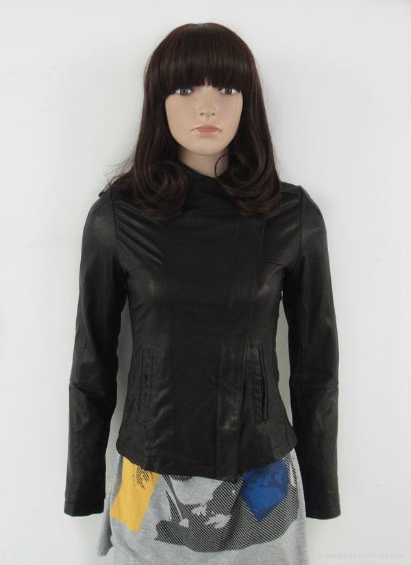 青岛女式皮衣  1