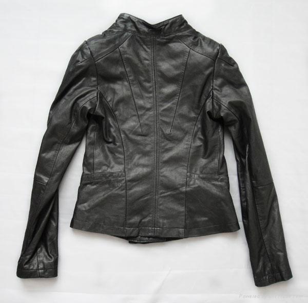 斜拉链女式皮衣 3