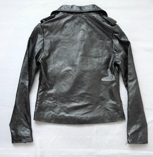 斜拉链女式皮衣 5
