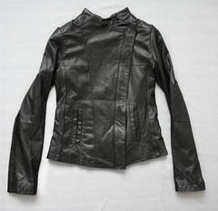 青岛女式皮衣 斜拉链女式皮衣/皮衣青岛专卖