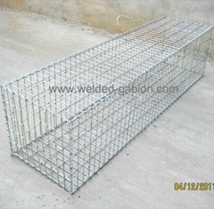 Welded wire mesh gabions