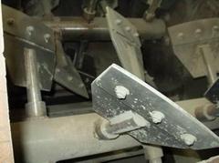 耐火材料混合機配件,耐磨襯板,攪拌槳葉,攪拌臂,壁/底部刮刀/刮板