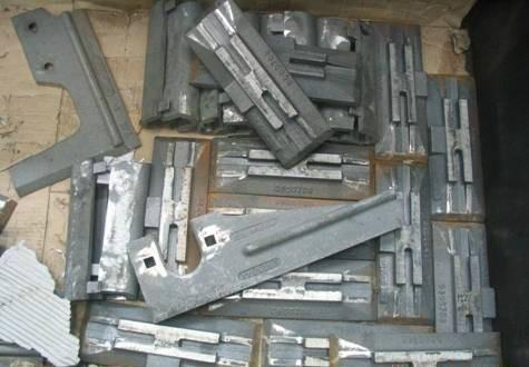 耐火材料混合機配件,耐磨襯板,攪拌槳葉,攪拌臂,壁/底部刮刀/刮板 2