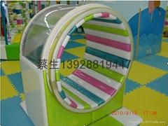 儿童樂園遊藝設施彩虹滾筒