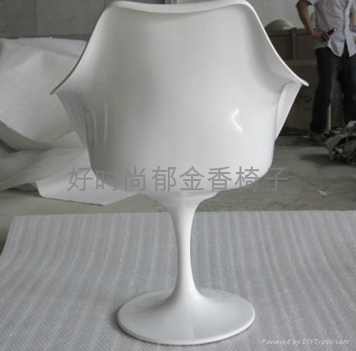 高档郁金香椅子 3