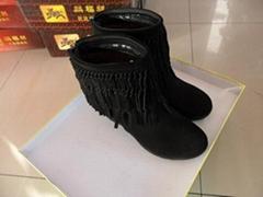 磨砂牛皮女士中筒靴
