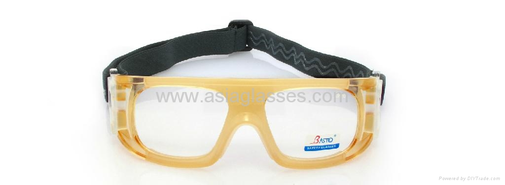 2013 new fashion basketball goggles 2