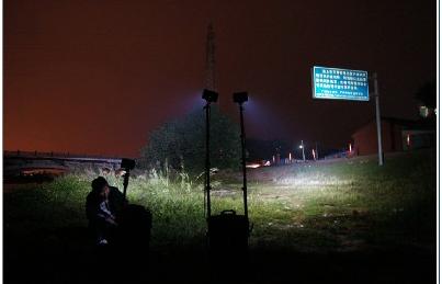 便攜式救援照明燈 4