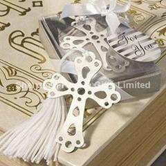 Beautiful wedding bookmark
