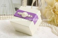 Paper favor wedding gift box