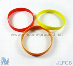 2012 popular Silicone Glow in the dark Silicone Wristbands for promotional gift