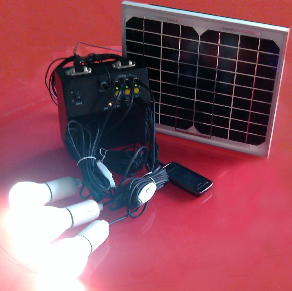 10瓦太陽能小型家庭發電照明系統 1