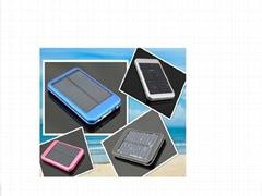 太阳能手机充电器2600mh