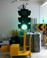 2013 Best Popular Solar LED Multilayer Traffic Signal Lights Model HK-SL403