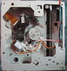 車載DVD1200W-B機芯