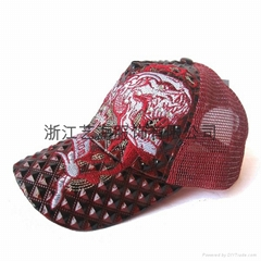 三角紋棒球帽