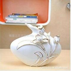 纯手工描花陶瓷工艺品花瓶