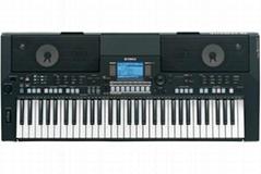 雅马哈PSR-S550B电子琴