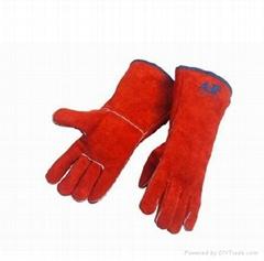 Dust-orange leather welding glove