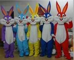 卡通服装人偶 兔八哥