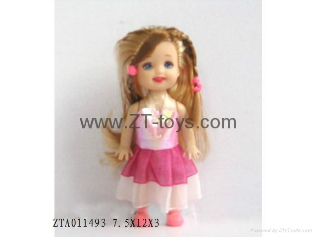 Barbie / doll   1