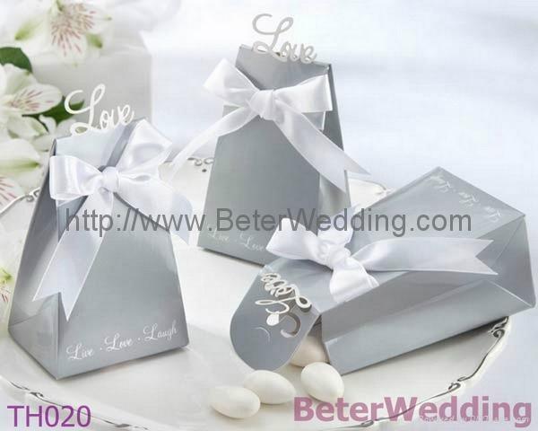 """Express Your Love"" Elegant Icon Wedding Favor Box TH020 BeterWedding 1"