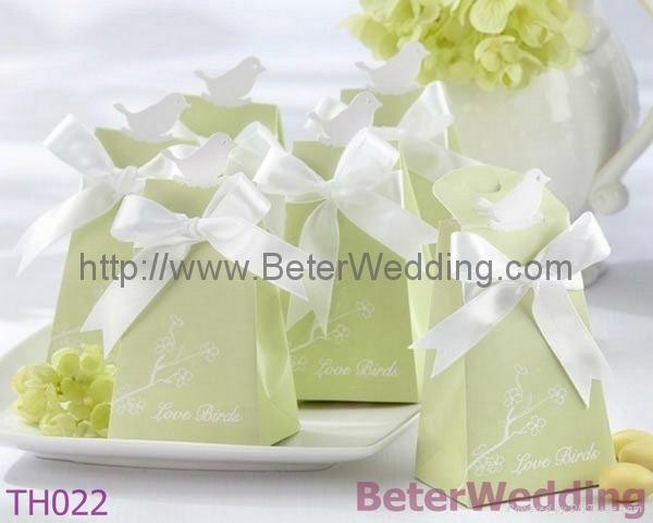 Love Birds Elegant Icon Wedding Favor Box TH022 1