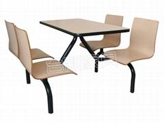 麦当劳餐桌椅
