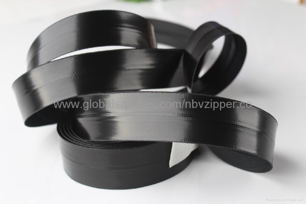 5# Black Waterproof Import Zipper, Shiny Finish  1