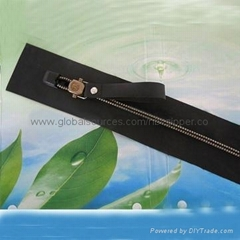 Air tight waterproof zipper, customized colors are accepted