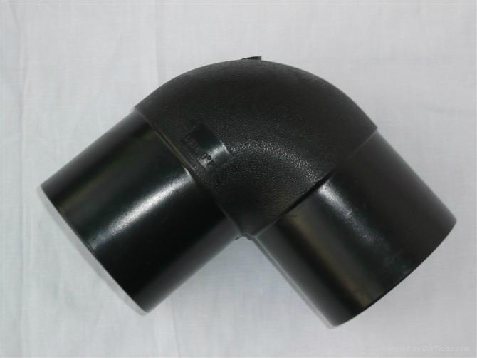 PE管材管件 3