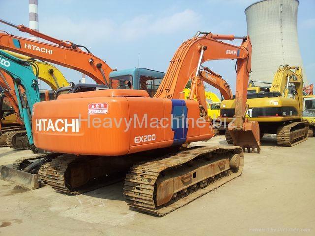 HITACHI EXCAVATOR EX200-3 1