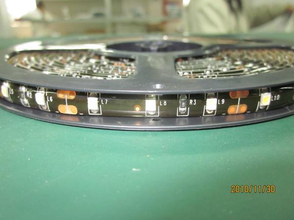 8mm SMD3528W Flex LED Strip with Crystal Epoxy Waterproof Black PCB 1