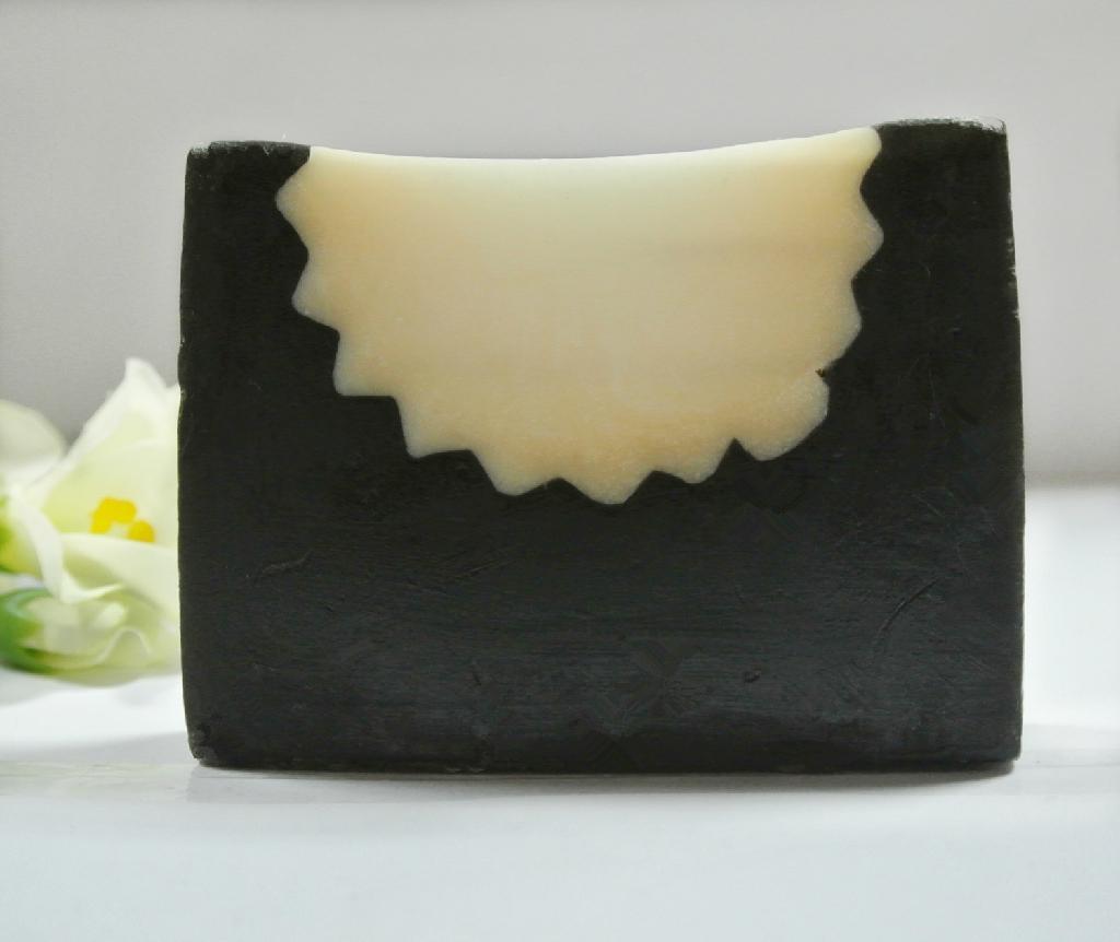竹炭手工皂 1