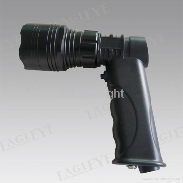 2013 Rechargeable LED Flashlight 2