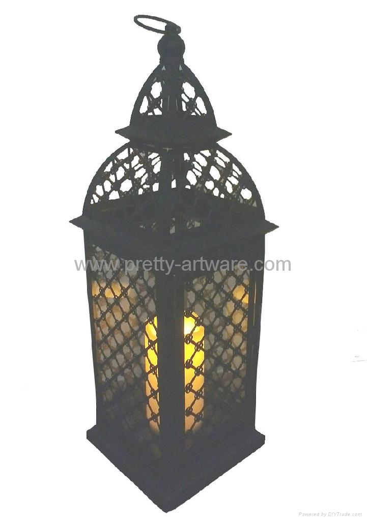Flameless Metal Lantern with Plastic LED Candle 2