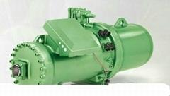 比泽尔螺杆压缩机进水维修