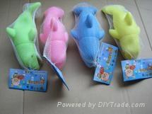 發洩玩具慘叫海豚
