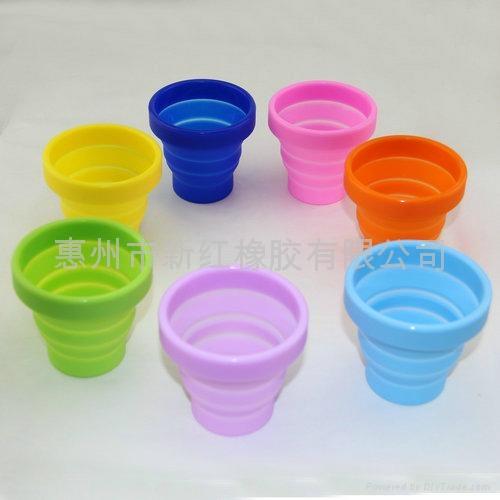 环保硅胶旅行可折叠水杯 2