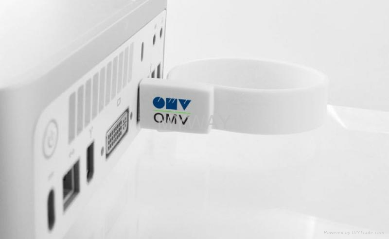 White Silicone bracelet usb stick with custom logo 1