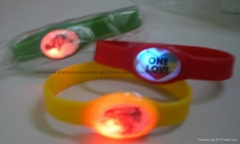 Flashing Silicone Bracelet