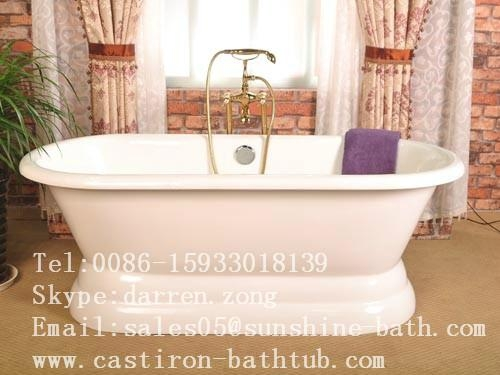Cast Iron Double Ended Bathtub 1