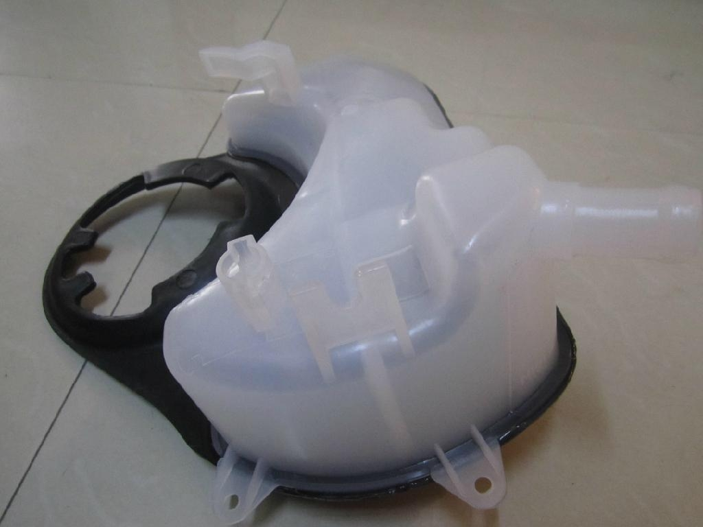 Jaguar X Type Header Coolant Tank Expansion Tank Radiator