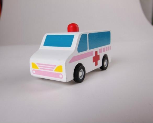 pull-back motor(ambulance) wooden children toys gifts 2