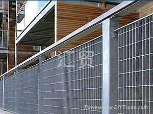 格栅板围栏 1