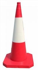 Reflective road cone / traffic cone