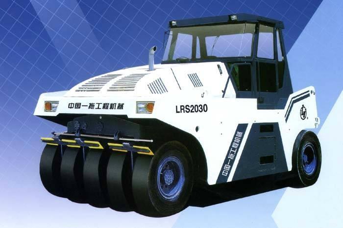 30吨全液压轮胎压路机 2