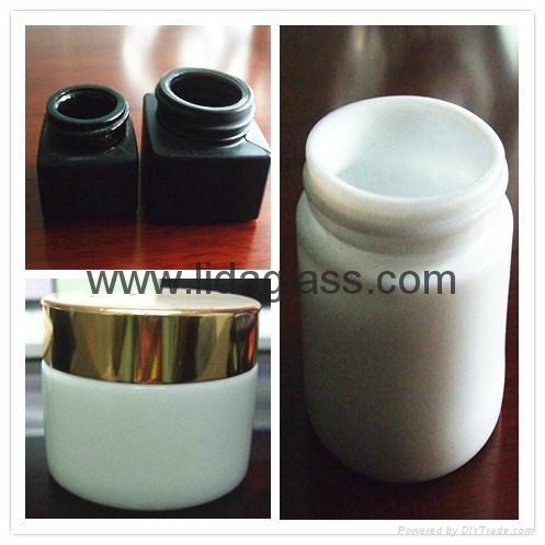 White porcelain glass bottle cream jars 1