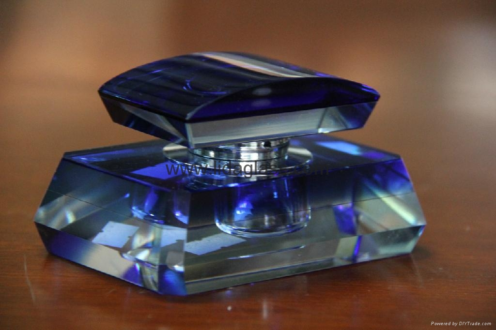 水晶汽车香座玻璃瓶 5